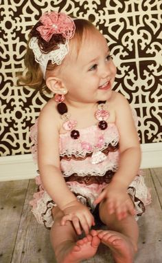 Multi colored pink white and brown headband