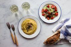 Fava, yellow split peas puree from Santorini - Eat Yourself Greek Garlic Cloves Minced, Fava Beans, Sweet Wine, Few Ingredients, Cherry Tomatoes, Santorini, Food Print, Split Peas, Yummy Food