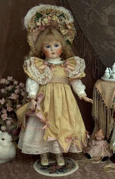 Solve Beautiful Mary Benner Porcelain Doll jigsaw puzzle online with 187 pieces Victorian Dolls, Antique Dolls, Victorian Dollhouse, Modern Dollhouse, Dollhouse Dolls, Miniature Dolls, Miniature Houses, Doll Toys, Baby Dolls