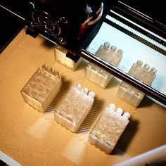 75% through an eight hour print. About 1.25 x 1.5 x 15 high sawtooth factories with with three stacks. Very clear Argos transparent PLA. When completed factories will be masked and spray painted. Current concept is to piant only sloping roofs and stacks then adhere to wood bases. #3dprinting #XYZdaVinciPro by artman.taylor
