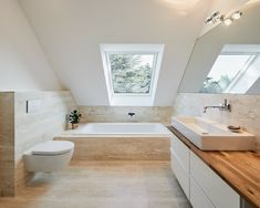 Umbau haus s, ratingen moderne häuser von philip kistner fotografie modern Loft Bathroom, Ensuite Bathrooms, Bathroom Renovations, Bathroom Interior, House Renovations, Narrow Bathroom, Modern Bathrooms, Attic Renovation, Bathroom Inspiration