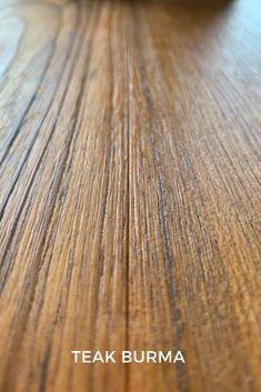Il teak burma è un essenza pregiata, proveniente dalla Birmania, è ricavato da  un albero tropicale della famiglia delle verbinacee. Hardwood Floors, Flooring, Teak, Tropical, Parquetry, Wood Floor Tiles, Wood Flooring, Floor