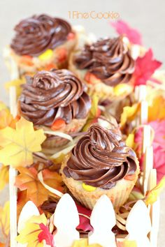 Thanksgiving and Halloween Cupcakes by 1 Fine Cookie , how to, easy,, baking, recipe, diy, video, cooking, baking, bake, cookie, dough, cupc...