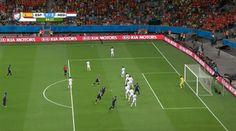 Stefan de Vrij puts Netherlands up 3-1 [GIF]:  on Twitpic