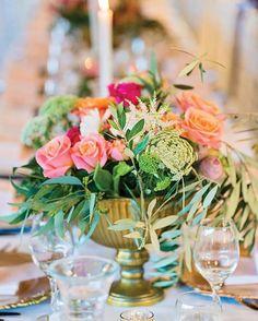 Kate & Rhys Real Wedding⠀ Suppliers involved-⠀ Photography: @callib.photography ⠀ Venue: @malenyweddings ⠀ Styling: @lovebirdweddings ⠀ Florist: @mondofloraldesigns ⠀ Hair: @hairbynicola1 ⠀ #sunshinecoastbrides #sunshinecoastweddings #weddinginspiration #weddingphotography #realwedding #wedding #weddingceremony #weddingreception #weddingflowers https://www.instagram.com/p/BUhzfj0F26g/ Sunshine Coast Brides www.sunshinecoastbrides.com.au