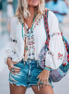 Balloon Sleeve V Neck Tops - Blouses - Anniecloth Summer Dresses Casual Dresses Daily V Neck Balloon Sleeve Holiday Dresses – Annie Cloth Source by - Mode Hippie, Hippie Style, Boho Style, Boho Outfits, Fashion Outfits, Fashion Tips, Fashion Trends, Fashion Websites, Fashion Online