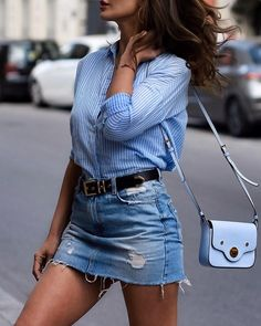 This is how you can style up your denim skirt! Denim Fashion, Fashion Outfits, Womens Fashion, Fashion Fall, London Fashion, Fashion Clothes, Fashion Fashion, Fashion Trends, Casual Chic