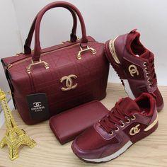Gucci Handbags, Handbags Michael Kors, Fashion Handbags, Fashion Bags, Fashion Top, Gucci Sneakers Outfit, Sneakers Fashion, Fashion Shoes, Expensive Purses