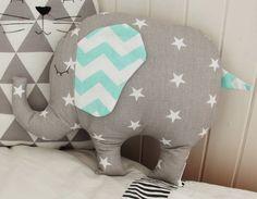 poduszka szary słoń, miętowe uszy 3