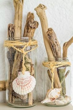Driftwood in clear glass cans with rope and sea shells decor. Beautiful idea for beach house. Seashell Crafts, Beach Crafts, Diy Crafts, Driftwood Projects, Driftwood Art, Driftwood Ideas, Diy Projects, Seashell Projects, Design Projects
