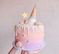 16th Birthday Cake For Girls, Pretty Birthday Cakes, Cute Birthday Cakes, Cake Designs For Kids, Simple Cake Designs, Beautiful Cake Designs, Crazy Cakes, Drip Cakes, Diy Unicorn Cake
