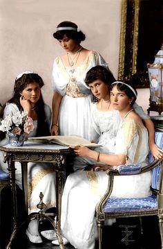 Emperatrices de Rusia, las hijas del Zar Nicolás y la Emperatriz Alejandra: OTMA: Olga, Tatiana, María y Anastasia Romanov