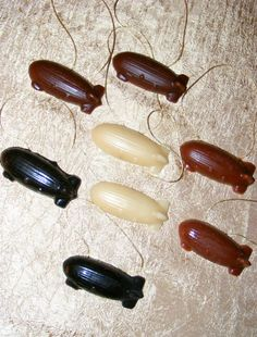 Beeswax airship ornaments, a very cool idea - but these candy molds would be great for steampunk party candy!