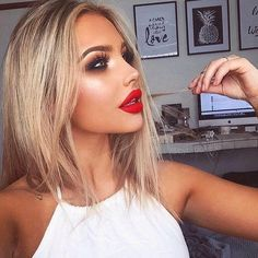 Makeup Forever Aqua Lip Makeup Forever Eyeshadow Palette - My Best Makeup List Kiss Makeup, Glam Makeup, Beauty Makeup, Hair Makeup, Hair Beauty, Liquid Lipstick, Makeup Red Lips, Red Lipstick Makeup Blonde, Bright Red Lipstick