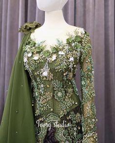 Dress Brukat, Hijab Style Dress, Batik Dress, Kebaya Lace, Kebaya Dress, Kebaya Brokat, Dress Brokat Modern, Kebaya Modern Dress, Indonesian Kebaya
