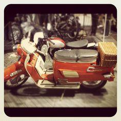 "@ingfridl's photo: ""Nostalgi"" Motorcycle, Vehicles, Instagram, Motorcycles, Car, Motorbikes, Choppers, Vehicle, Tools"