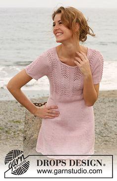 """Strikket DROPS kjole med hullmønster i """"Muskat"""". Str S - XXXL. ~ DROPS Design"""