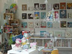 La libretería    librería, juegos, cocina con niños, creatividad. muy chula la página Wordpress Theme, Gallery Wall, Chula, Frame, Furniture, Home Decor, Creativity, Picture Frame, Decoration Home