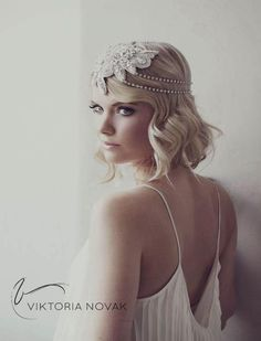 Headpiece by Viktoria Novak www.viktorianovak.com.au