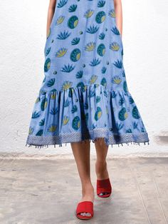 The Loom- An online Shop for Exclusive Handcrafted products comprising of Apparel, Sarees, Jewelry, Footwears & Home decor. One Piece Dress, Indian Wear, Cotton Dresses, Printed Cotton, Bag Accessories, Midi Skirt, Saree, Happy, How To Wear