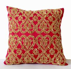 Hot pink throw pillows with bead sequins detail. Gold pillow inspired by the glamor and sumptuous patterns loved by Maharajahs. This beautifully intricate throw pillow will make a great add to your ho Glam Pillows, Teal Throw Pillows, Bohemian Pillows, Decorative Throw Pillows, Sequin Cushion, Sequin Pillow, Crazy Quilting, Living Room Cushions, Gold Cushions