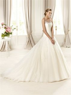 A-line Bateau Neckline Lace Appliqued Small Train Tulle Wedding Dress WD1606 www.tidedresses.co.uk $309.0000