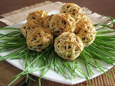 Meat balls in puff pastry.