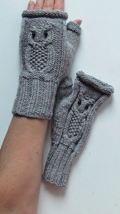 Keep your hands warm on those cool days with these super cute fingerless mittens. These are made with a wool blended yarn for added warmth as well as softness. Featured is a cable knit pattern that looks like an owl. Each item is hand made with care of love and comes from a smoke free home. Owl Knitting Pattern, Knitted Mittens Pattern, Knitted Owl, Cable Knitting Patterns, Knit Mittens, Hat Patterns, Knitting Tutorials, Loom Knitting, Free Knitting