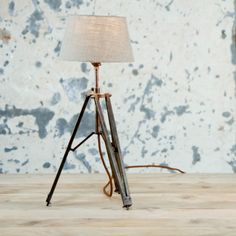 Loved this BWAMBA TRIPOD LAMP (from Farmhouse Table Co.). Vintage, but also a little bit of the famrhouse style, very rustic and elegant!