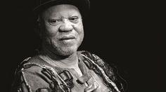 """Salif Keita canta com o que os africanos chamam de """"a voz dourada do Continente"""" e chega em breve ao Brasil para se apresentar, no dia 11 de outubro, na Praça Matriz de Paraty, de graça, no MIMO 2014.   Conheça a programação completa: http://www.mimo.art.br/agenda  #MIMOParaty #MIMO2014 #MovimentoMIMO #FestivalDeCinema #FestivalDeMúsica #cinema #música #cultura #turismo #Paraty #PousadaDoCareca #SalifKeita"""