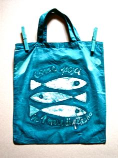 batik bag 100%cotton title: like fish in a sea of oil. www.toomuchlab.it