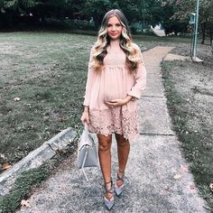 maternity dress | shoes