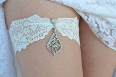 Ivory Wedding Garter Set Stretch Lace Bridal by BridalSpecialDay