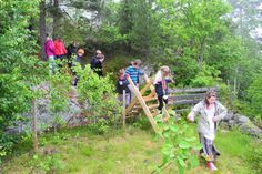 This is a geological nature trail where 5th graders (and others!) can see the evolution of the earth from Ordovicium to the Quaternary period. The trail is 1,2 kilometer long. The last millimeter is the stone age and onward to our own time. Photo: Jan-Åge Pedersen