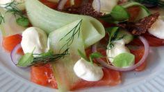 Marinert laks med agurksalat Frisk, Fresh Rolls, Allrecipes, Nom Nom, Recipies, Ethnic Recipes, Siri, Food, Recipes