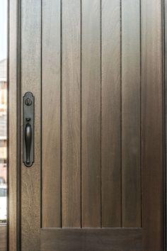 Vaughan House - Design Spec Building Group #moderndoor #frontdoor #modernhardware