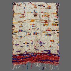 Azilal vintage rug, Berber rug Carpet Sale, Rugs On Carpet, Morrocan Rug, Japanese Textiles, Cow Hide Rug, Cool Paintings, Textile Artists, Berber Rug, Grey Rugs