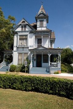 332 desirable newly archived images historic homes for sale old rh pinterest com