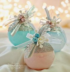 Glamorous DIY Glass Ball Ornaments | These homemade Christmas ornaments are easier to make than they look.