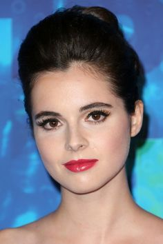 More Pics of Vanessa Marano Strapless Dress Vanessa Marano, Laura Marano, Neutral Eyeshadow, Red Gowns, Leather Dress Shoes, Crop Top Bikini, Hollywood Actor, Woman Face, Wedding Makeup