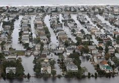 An already grim picture of global sea-level rise darkened last week, with a new federal report warning that global warming could push world average sea levels up by as much as 6.6 feet by 2100.    The estimate by National Oceanographic and Atmospheric Administration scientists – well above current state or United Nations estimates – is particularly troubling along the Mid-Atlantic, where sea-level already is rising faster than the world average because of local geologic factors.