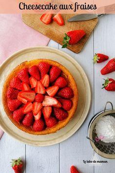 {Gâteau au fromage blanc léger} Recette de cheesecake aérien, sain et gourmand avec des fraises #recette #gâteau #fromage #blanc #leger