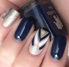 Must Try Nail Designs This Autumn; Fall nails fall nail art pumpkin na Flower Nail Designs, Nail Art Designs, Nails Design, Navy Nail Designs, Design Art, Hair And Nails, My Nails, Dark Nails, White Nails