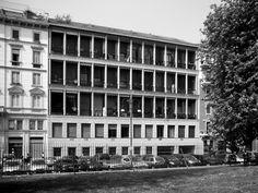 Il fronte loggiato della Casa Albergo in via Bertani 10 (1965-1970) di Giulio Minoletti