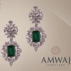 Diamond Earing, Diamond Jewelry, Bridal Bangles, Jewellery Sketches, Emerald Earrings, Designer Earrings, Necklace Designs, Luxury Jewelry, Jewelry Necklaces
