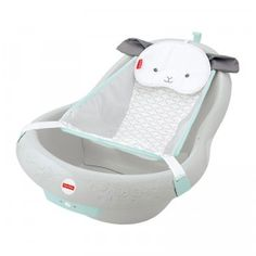 A three-in-one bathtub that grows with your baby from birth up to toddler years.