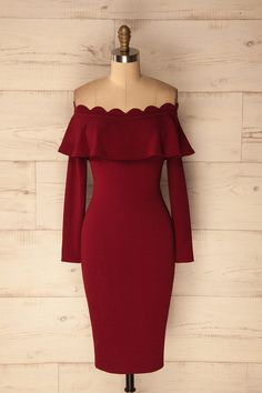 Kalteren #Boutique1861 / This stretchable fitted off-shoulder dress features an elegant frill and a body hugging shape right before the knee. Perfect for parties, special occasions and after hours! #cocktaildress
