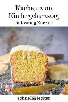 Dieser Kuchen ist der perfekte Kuchen für GROSSE Kinder, denn er enthält Eierlikör.... Hier geht es zum Rezept Sweet Bakery, Cupcakes, Cornbread, Vanilla Cake, Easy Peasy, Ethnic Recipes, Desserts, Foods, Sweet Cakes