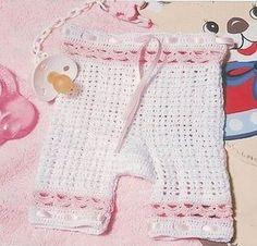 Pantalon bébé et sa grille gratuite !