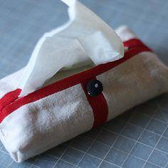 mini tissue holder: tutorial